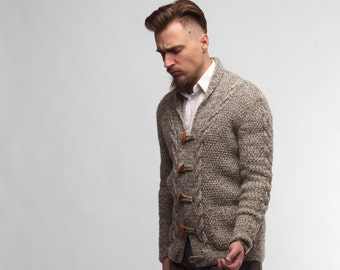 Men's Gray-White yarn cable knit Cardigan. 4 Buttons, Special Knit pattern, Collar, jacket like.