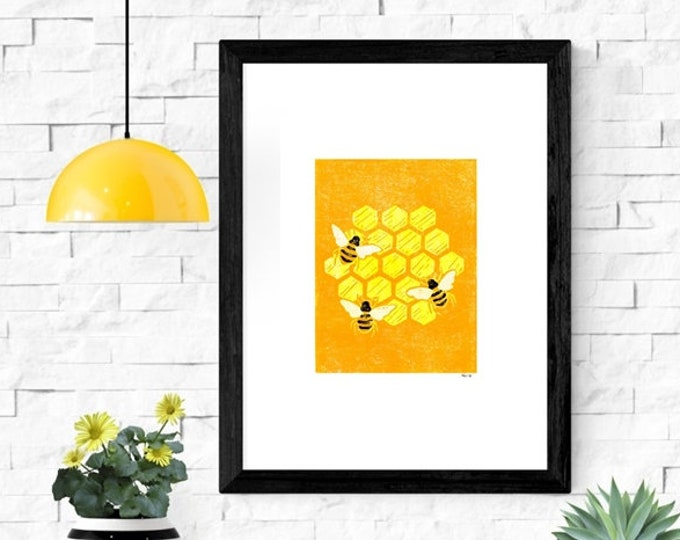 Bumble bee honeycomb print