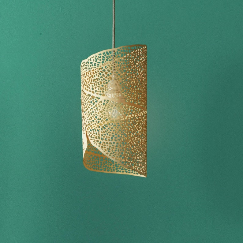 Pendant Lamp 'Filigrana Nº1' Size Small, Natural Birch Wood, leaf pattern  projecting light, laser-cut in ultra thin plywood