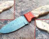 Hand Forged  Damascus Steel Skinning Hand Made Hunting Knife With Leather Sheath