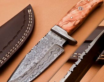 Custom Made Damascus Steel Knife ,Detailed Damascus Handle