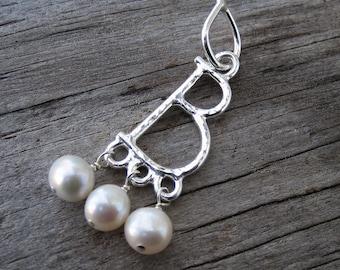 aa192b1d2e Anne Boleyn pendant with pearls    historical pendant