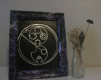 Galaxy picture frame with Gallifreyan mural!