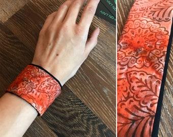 Secret Pocket Bracelet/ Wristband with hidden zipper, compartment for Psytrance Festivals, Rave Partys, Concerts, African Print