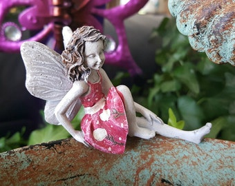 Miniature Sitting Fairy in Pink