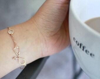 Silver Stethoscope Bracelet-Medical Jewellery-Stethoscope Charm-Doctors Gift-Nurse Jewellery-Nurse Gift-Silver Jewellery-MD Gift