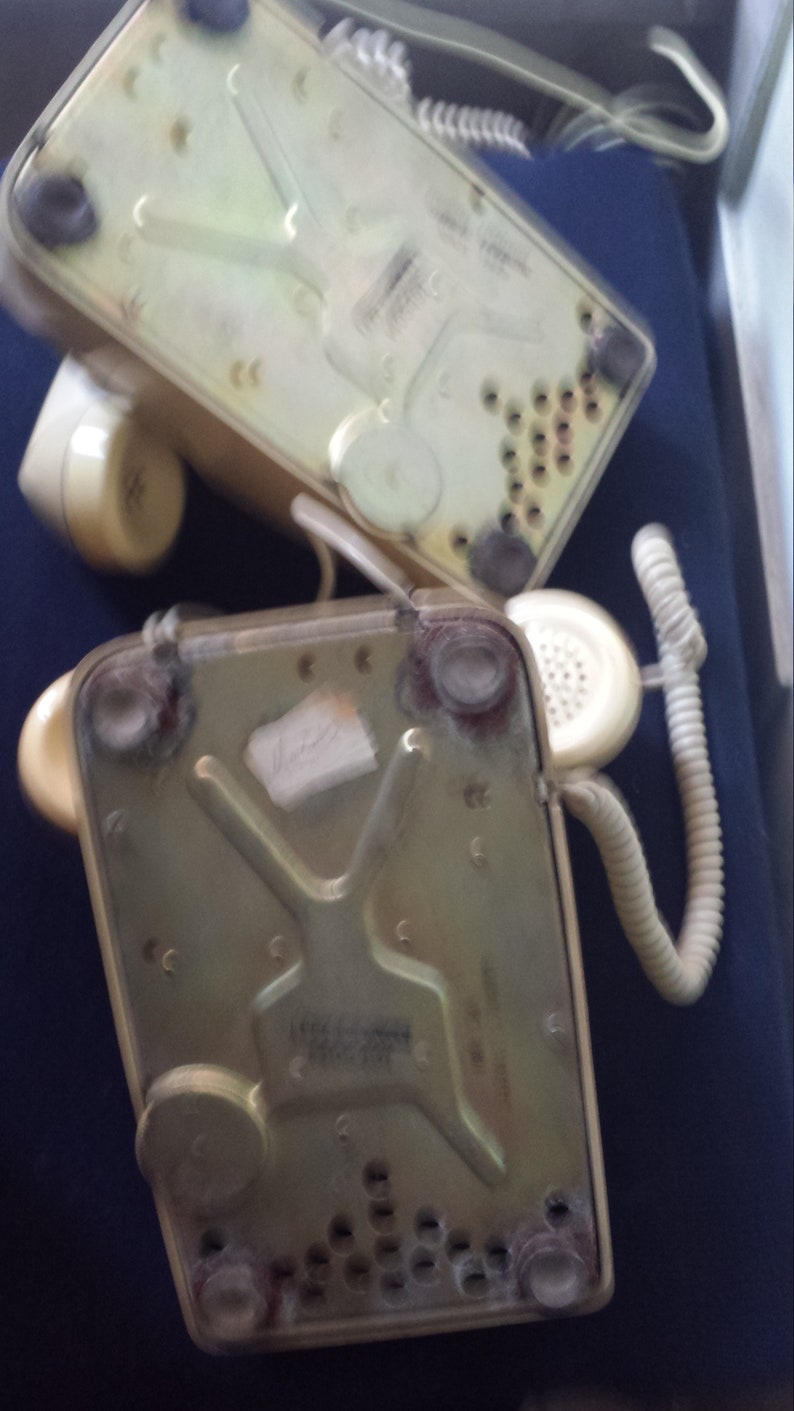 Lot two vintage phone brand ITT beige brown fixed decorations manual