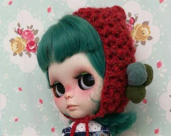 Gnome hat for Blythe with pompoms