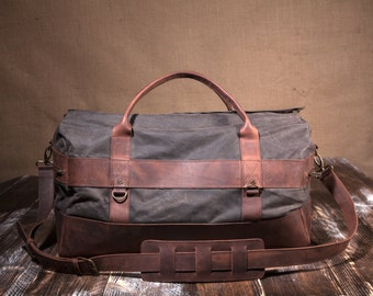 5b0ccc7a35 Mens Weekender Bag