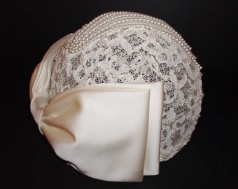 bf9d0f20e5be5 Vintage Bridal Hat Flapper Style Cream Skull Cap with Pearls