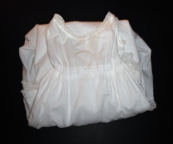 Antique Baby Gown White Cotton Victorian Baby Dres