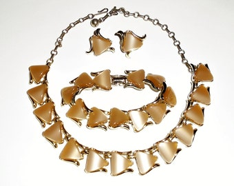 Vintage Coro Necklace Bracelet Set Brown Thermoset