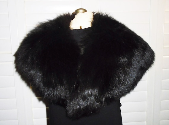 Vintage Black Fox Shawl Collar Fluffy Fox Capelet