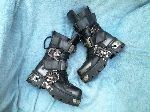 New Rock Reactor  boots size 39