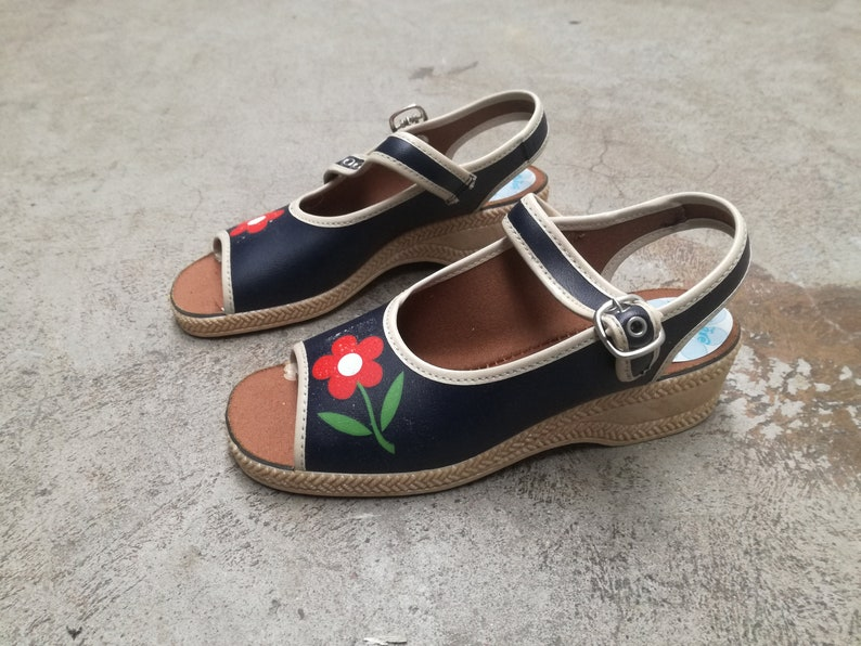 0ebc3e5bb840b Kids vintage shoes 1960 1970 New old stock deadstock sandals flowerpower  hippie made in France unworn footwear