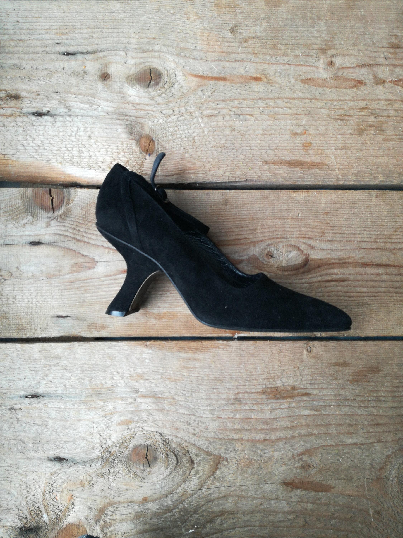 993f00a9f33c Vintage deadstock Linea Wallis Venezia Italia pumps black leather suede