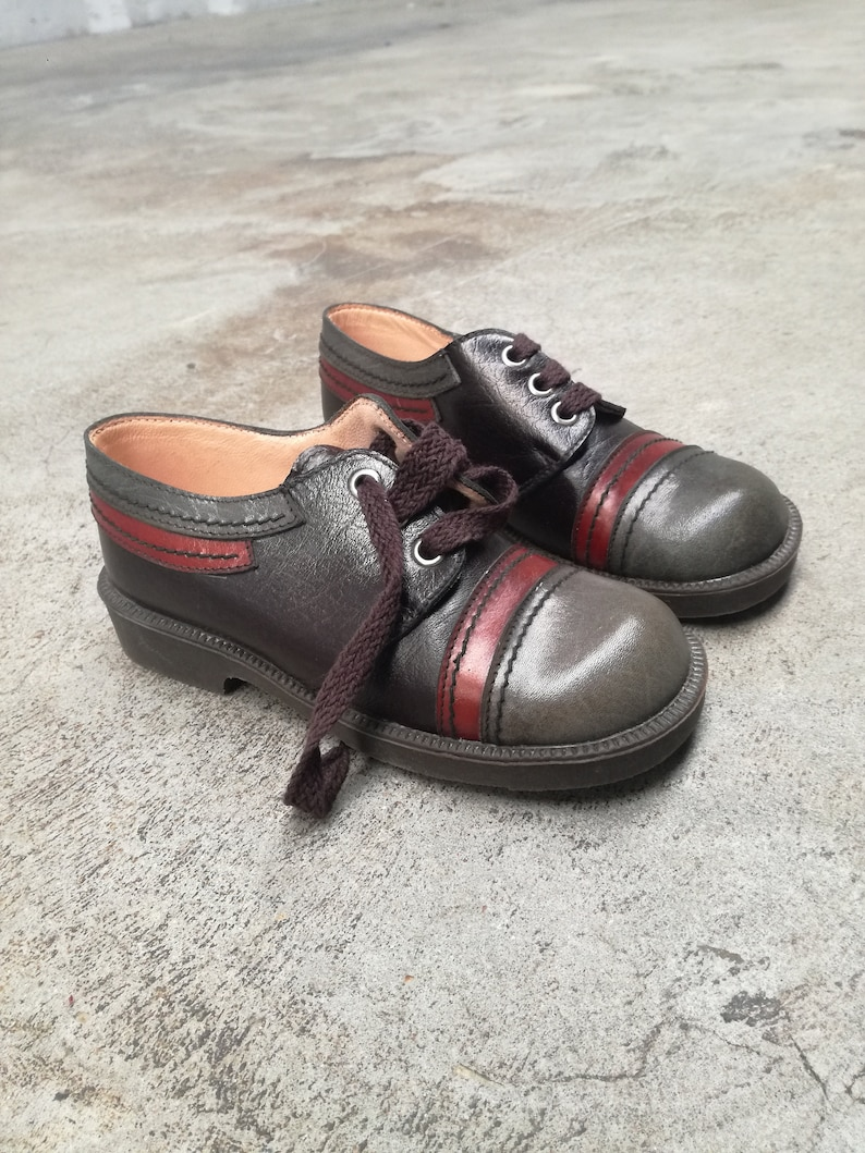 22abcfe66b328 Vintage kids 1960 1970 shoes deadstock leather lace shoes Cico