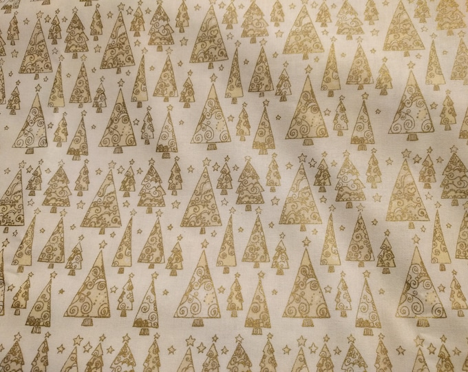 Gold Christmas Tree Dinner Napkins (Cream with Gold Christmas Trees) - 100 Percent Cotton Cloth Washable Single Sided - Set of 4
