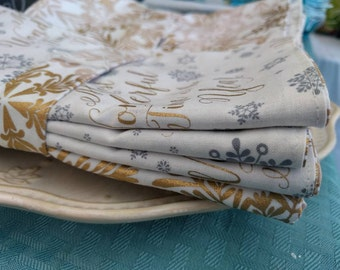 Christmas Winter Wonderland Dinner Napkins - 100 Percent Cotton Cloth Washable Double Sided - Set of 4