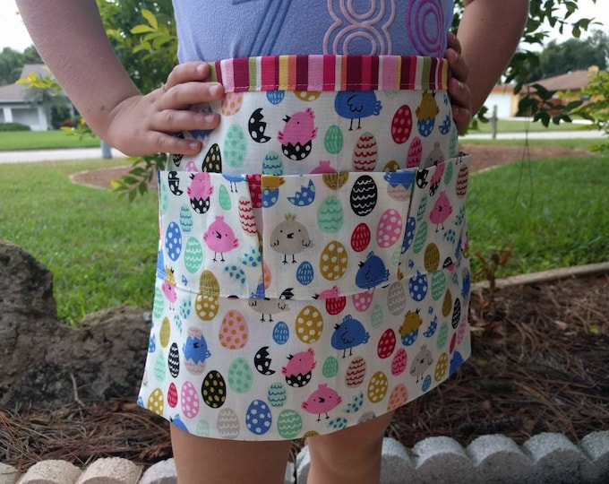 Egg Collecting Apron One Size Kids - Collecting Multi Purpose Egg Harvest Farm Apron in Vibrant Colors with Baby Chicks & Eggs