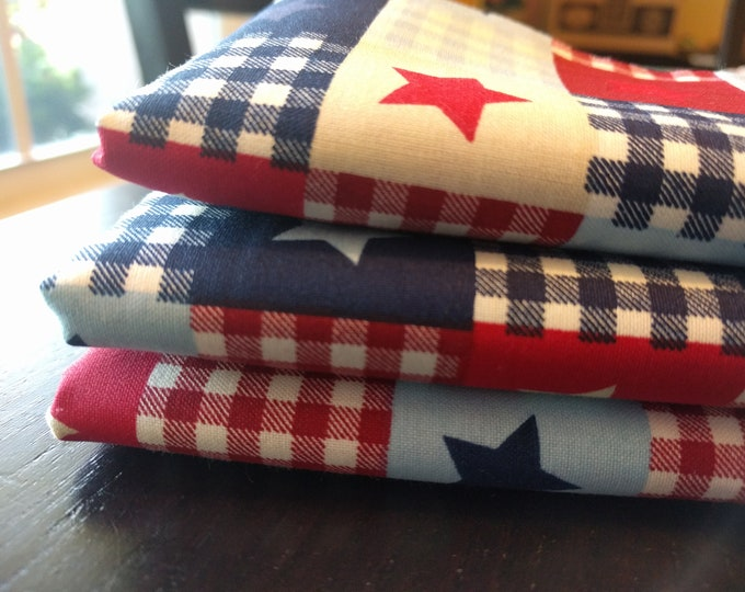"""SALE!! Fourth of July Independence Day July 4th Picnic Plaid Stars Red White Blue Reusable Washable Cotton Napkins (16"""" x 16"""") Set of 4"""