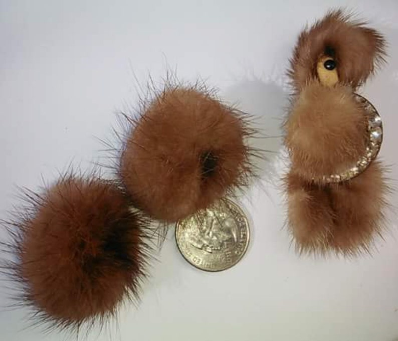 1950s jewelry set 1950s poodle 1950s novelty Vintage 1950s Mink poodle brooch and matching screw back earring set