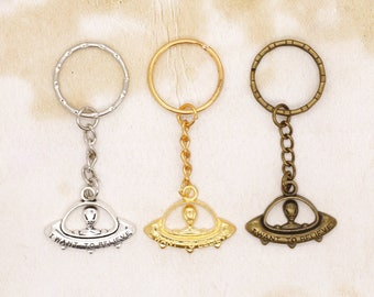 UFO Flying Saucer Alien Spaceship Space Sci-Fi Keyring I Want To Believe Choice Of Colour