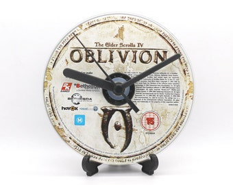 Oblivion The Elder Scrolls IV PC Upcycled CD Clock Video Game Collectable Gift Idea