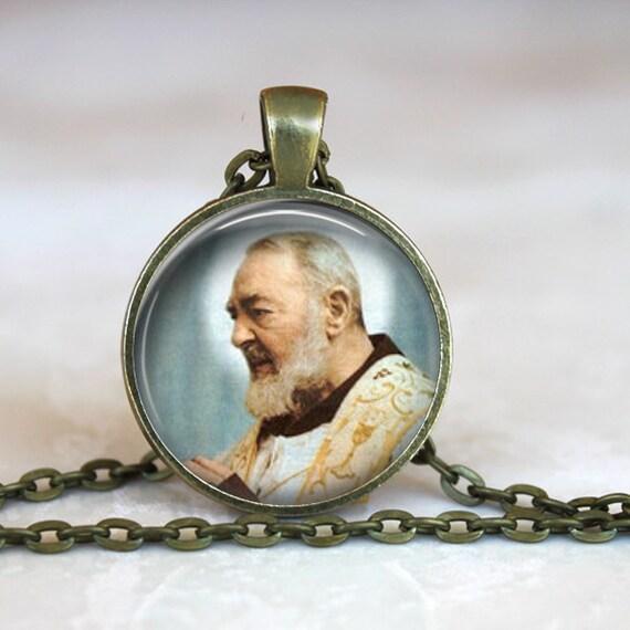St Padre Pio Pendant with 24 inch chain - Catholic Pendant - Saint Pio, Italian Saint and Mystic, Patron Saint of the Unborn