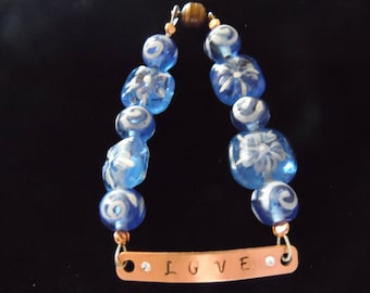 Handmade Beaded Bracelet With Magnetic Closure 7 1/2 Inches