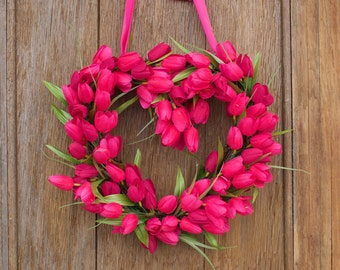 Tulip Wreath, Spring Wreath, Heart Wreath, Pink Tulip Wreath, Valentine's Day Wreath, Valentine's Decor, Valentine wreath, Front Door Wreath