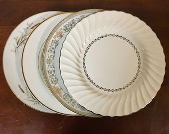 Mismatched China Dinner Plates - Set of 4 - Collection #218 / Gold u0026 Silver Dinnerware : gibson china dinnerware - pezcame.com