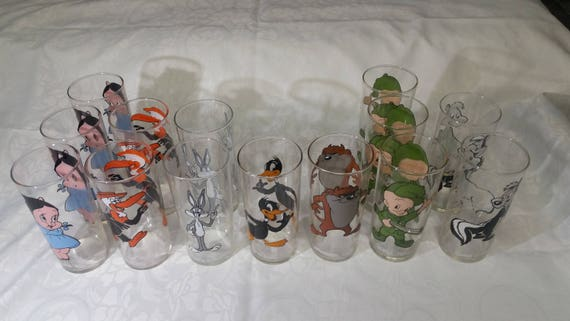 Federal thin Glass Character Looney Tunes Pepsi 1973 Choice of one of 4 WHITE