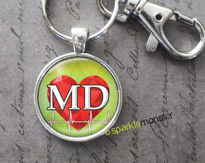 MD with Heartbeat - keychain, 25mm glass tile image, silver, large swivel lobster claw, doctor, gift, cardiologist, red heart, green