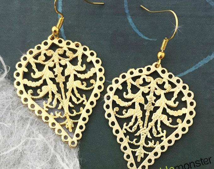 Boho Filigree Earrings - matte gold, dangle earrings, bohemian style, alloy metal