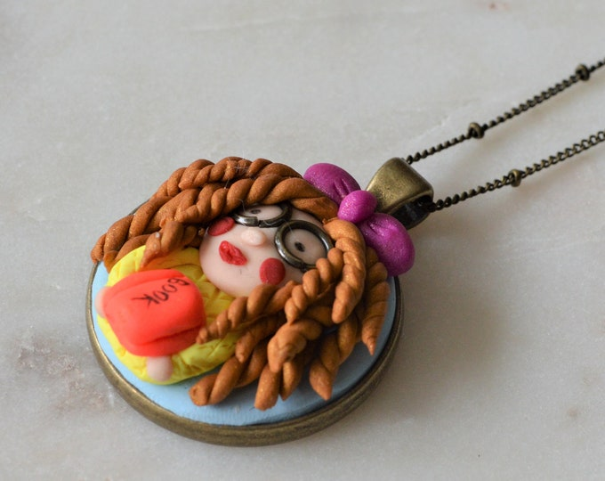 Love reading handmade gift for her, Back to school gift for her, Birthday gift for daughter, Fimo pendant necklace, Original jewellery