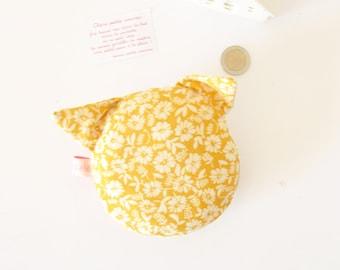 coussin pour la petite souris , le chat de la petite souris, petite souris, dent de lait, pochette, chat, coussin chat, jaune , fleurs