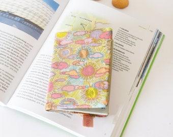 Protège passeport jaune et rose motifs lune et soleil, liberty Daniel DJ, étui passeport, cadeau voyageur,  pochette passeport, liberty