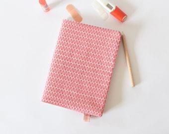 Protège-carnet de santé, carnet de santé en tissu, carnet A5, rose, écailles, cadeau de naissance, protège cahier A5, accessoire bureau