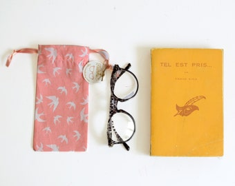 Sunglasses fabric case, pink with white swallow birds