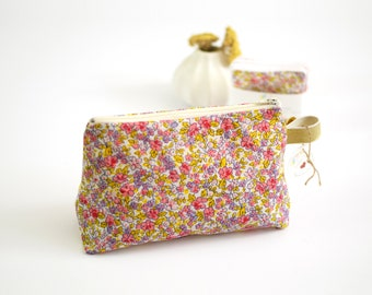 Stand up zipped pouch pink and yellow flowery