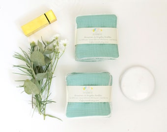 7 light green reusable cleansing wipes, and scales