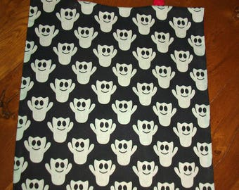 Elasticated towel canteen-House - mixed - fabric friendly ghosts - large double bib