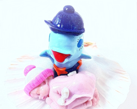 kawaii dolphin with baby fimo in shell: marine theme deco