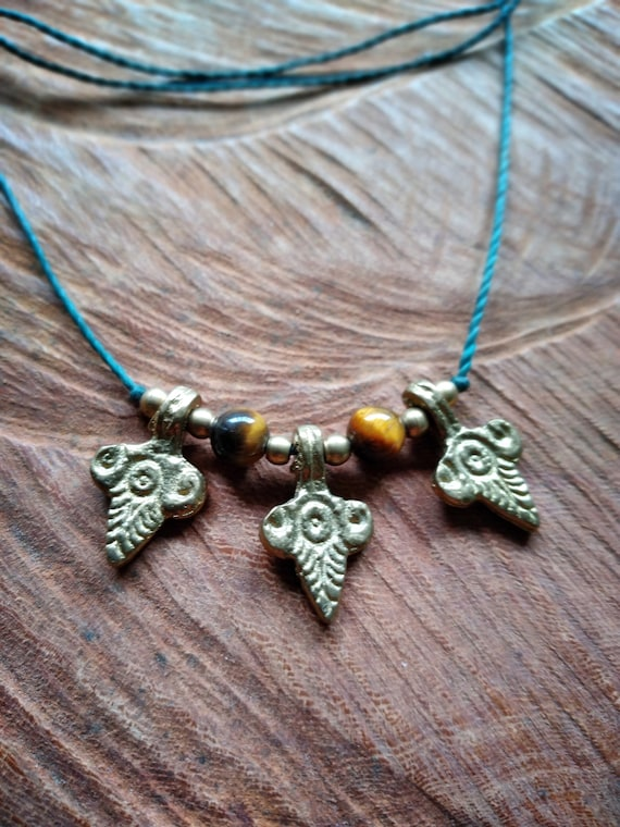 Chain with tiger's eye (or wish stone) and tribal brass pendants, make them for yourself!