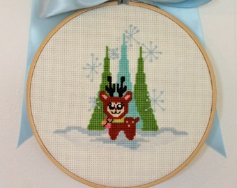Counted Cross Stitch Christmas - Little Dear - Instant Download PDF Pattern