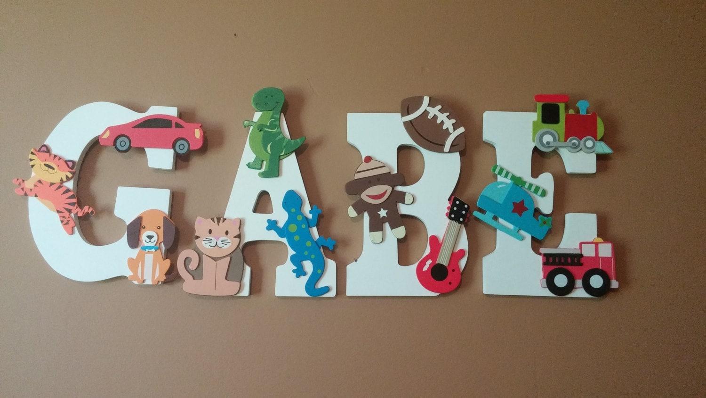 Buchstaben aus Holz für Kinderzimmer Holz Insignie | Etsy