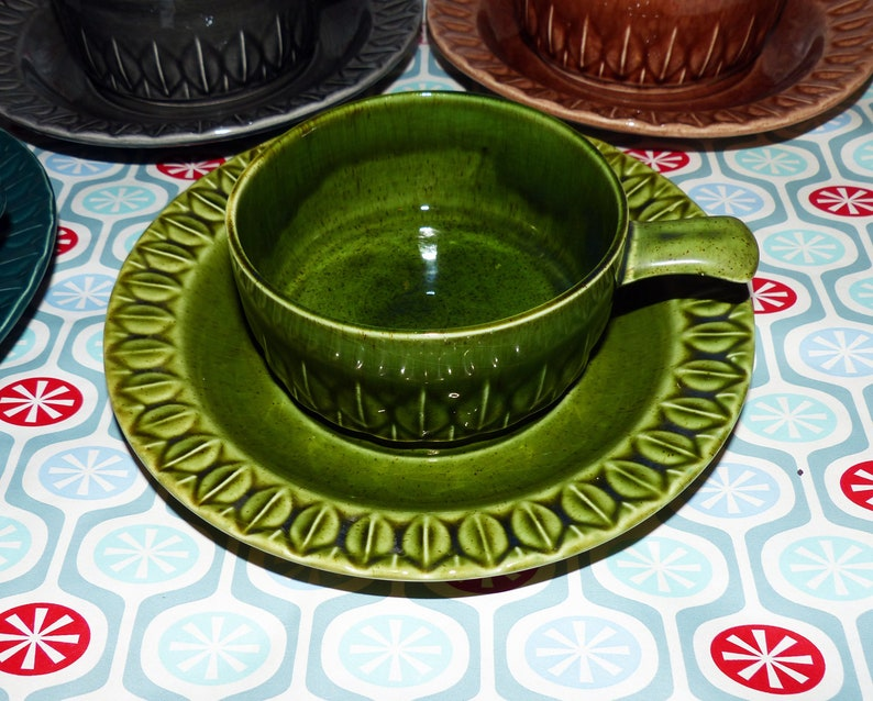 Holkham England Retro Soup Bowls with Saucers Mid Century Dining 2674