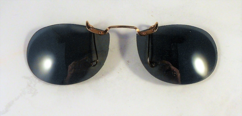 Your Choice of SizeStyle Free Shipping Within the USA Vintage Polaroid Clip On Sunglasses