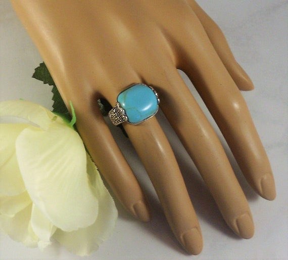 Vintage 90s Faux Turquoise Marcasite Flower Ring Sterling Size 7